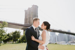 Brooklyn Bridge wedding couple photos