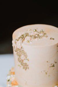 MIT Endicott House wedding cake